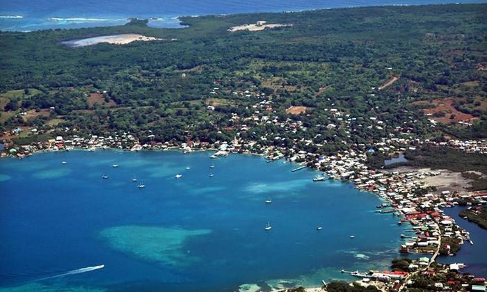 Tempat Rekreasi Utila Pulai Bay di Honduras